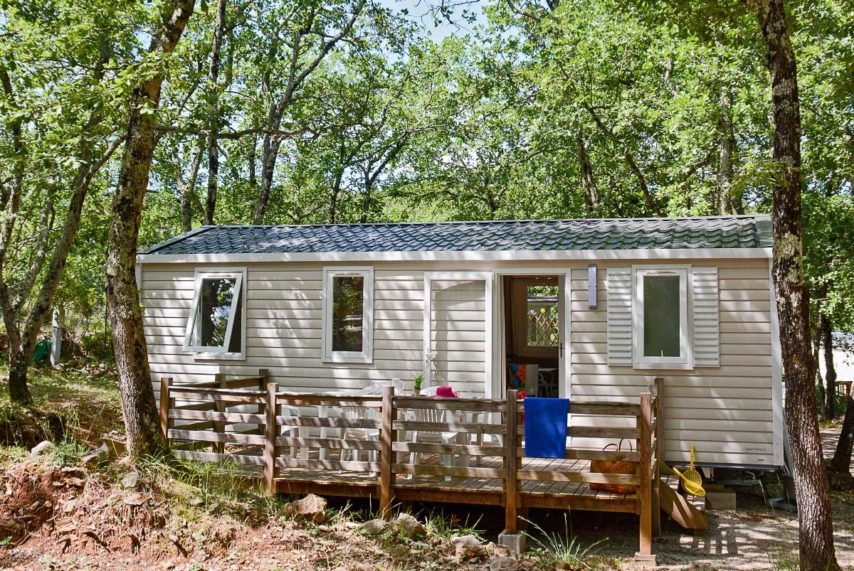 Offrez-vous des vacances inoubliables dans le Var en optant pour un mobil-home confort au camping Le Parc.